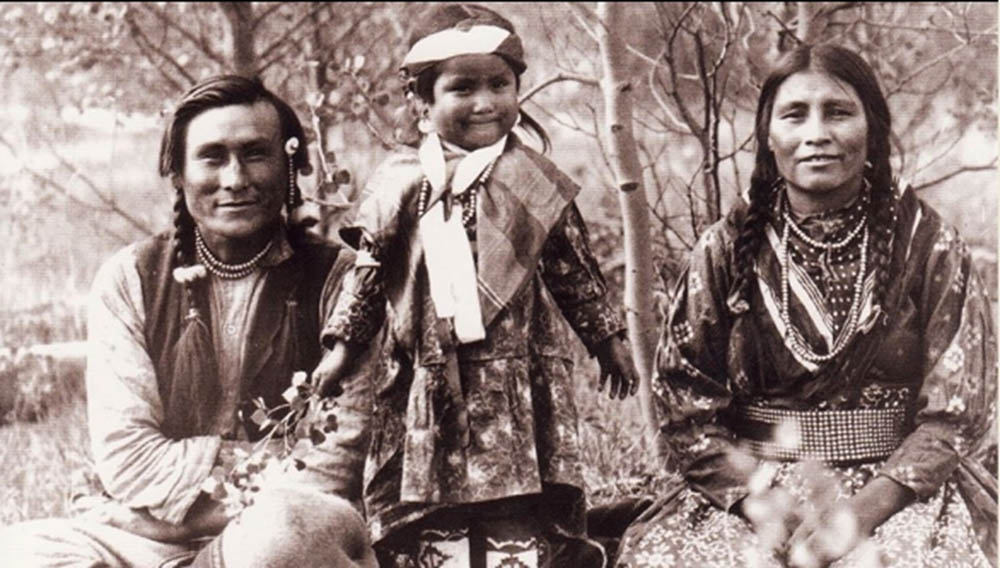 native_hope_native_family_bw.jpg