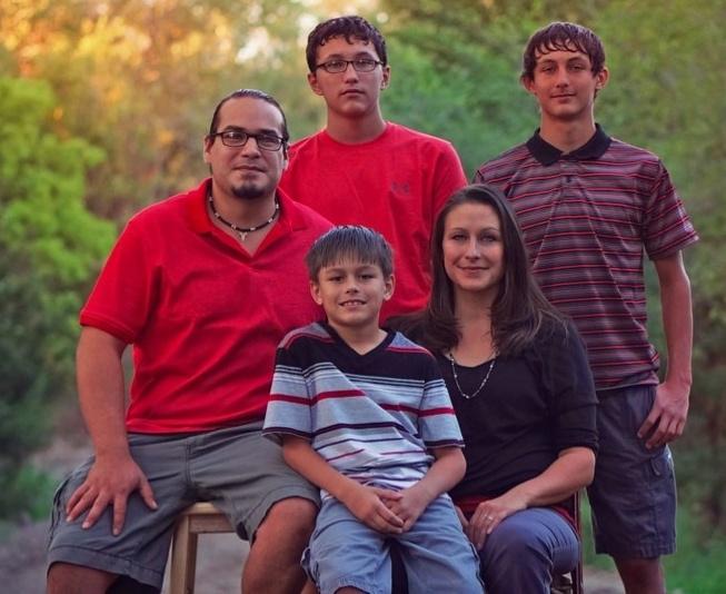 Jaime_family2-816181-edited.jpg
